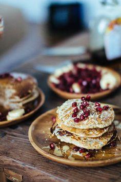 the best fluffy vegan + gluten-free pancakes // gratitude and greens // #recipe #brunch
