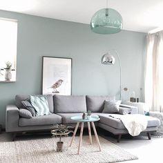 Grau mit einem hellen Grün irgendwo zwischen Minze und Salbei - könnte für die - #Die #einem #für #Grau #Grün #hellen #irgendwo #könnte #Minze #mit #Salbei #und #wohnzimmer #Zwischen