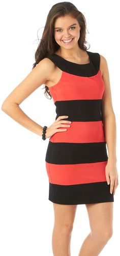 Color Blocking is where it's at! Coral and Black Dress #getbacktobealls