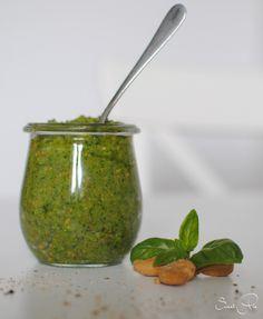 Basilikum Pesto