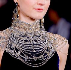 "whatwouldkhaleesiwear: "" What Would Khaleesi Wear?Intricate collar necklace featuring the wealth of Mereen """
