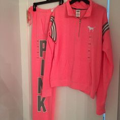 Victoria's Secret Pink Limited Edition Pullover Sweatshirt And Sweatpants Set #VictoriasSecret #TrackSweatSuits