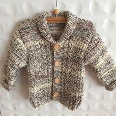 #BREInWERK #handknitted #breien #tegendonatie #RonaldMcDonaldHouse #Kinderfonds #NAHproject #braininjuryrehab #kinderkleding #kidswear #instaknit #kidsknit #homemade #knitting #withlove #knitwear #nietaangeborenhersenletsel #knittersofinstagram #knitstagram #breieninopdracht #wool #naturalmaterials #knittingforkids #knittingforbabies #knittingforcharity #speciaalvoorjou 💞🙋 Knitting For Charity, Knitting For Kids, Hand Knitting, Ronald Mcdonald House, Brain Injury, Aerobics, Kids Wear, Knitwear, Vest