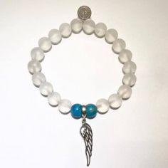 gohi krištáľ a apatit so strieborným anjelským krídlom Beaded Bracelets, Jewelry, Fashion, Jewellery Making, Jewlery, Jewelery, Fashion Styles, Pearl Bracelets, Jewerly