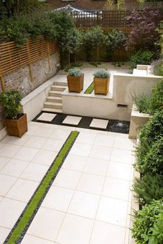 Contemporary architectural garden in Kensington, West London - Charlotte Rowe