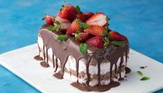 Recipe with video instructions: This semifreddo is fully delicious! Ingredients: 1 pound strawberries, divided, cup plus 4 tablespoons sugar, 1 tablespoon lemon juice, 16 ounces milk. Cake Pops Frosting, No Bake Desserts, Dessert Recipes, Caramel Candy, Strawberry Sauce, Melting Chocolate, Cupcake Cakes, Cupcakes, Sweet Tooth