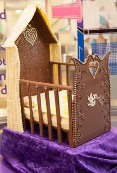 A chocolate cot, fit for a King! Cadbury World, Car Smell, Handmade Chocolates, Like Chocolate, Made Goods, Cot, Gingerbread, Goodies, The Incredibles