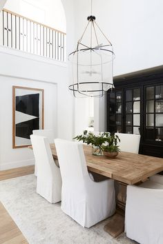 36 Chic Dining Room Design Ideas That Looks So Cute Dining Room Design, Modern Dining Room, Reclaimed Wood Dining Table, White Dining Room, Chic Dining Room, Wood Dining Room, Interior, Wood Dining Table, Modern Farmhouse Dining
