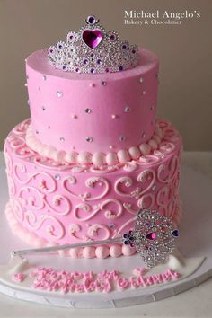Prinzessinkuchen Princess cake Related posts: Pink Princess Cake Princess crown cake with fondant flowers Girl Princess Birthday Cake Designs Baby shower ides for girs princess cake pop 29 new Ideas Pretty Cakes, Cute Cakes, Beautiful Cakes, Amazing Cakes, Barbie Torte, Barbie Cake, Pink Princess Cakes, Pink Princess Party, Princess Cupcakes