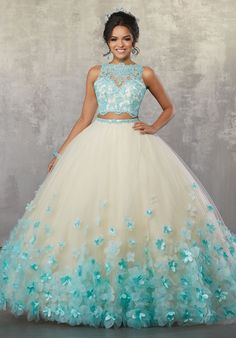 - - Zweiteiliges Quinceanera-Kleid mit Blumenmuster von Mori Lee Vizcaya Lee Vizcaya-AB … – Quinceañera Dresses – Source by Cute Prom Dresses, Cheap Evening Dresses, Pretty Dresses, Princess Prom Dresses, Cheap Sweet 16 Dresses, Most Beautiful Dresses, Amazing Dresses, Wedding Dresses, Ball Gowns Prom
