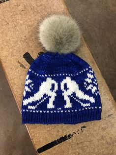 d16b1cfa4baa55 Let's Play Hockey! Hat knitting pattern, for adults and kids. Hockey Hats,