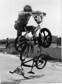 Perry Kramer - BunnyHop on his P.K. RIPPER  (Circa 1978)