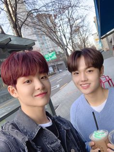 Did you enjoy our of Treasure? When I took this picture with Jihoon it was early this year but now cherry blossoms are blooming and the weather is nice~ Make sure to try strawberry toast 🌸 Yg Entertainment, Bilal Hassani, Fandom, Treasure Maps, You Are Cute, Yoshi, Survival, Twitter Update, Cherry Blossoms