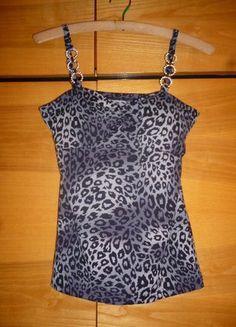 Kupuj mé předměty na #vinted http://www.vinted.cz/damske-obleceni/topy-and-tank-topy-bez-rukavu/14668263-krasny-sexy-leopardi-party-top
