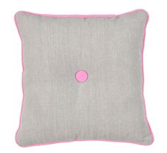 Sierkussen Fay: in zandkleur met roze rand. Ook in 30x50cm verkrijgbaar met 'With Love...' tekst #leenbakker #terrasideeen