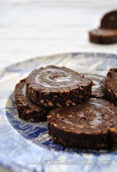 Rotolo di cioccolato senza cottura http://latartemaison.blogspot.it/2012/05/rotolo-di-cioccolato-senza-cottura.html#