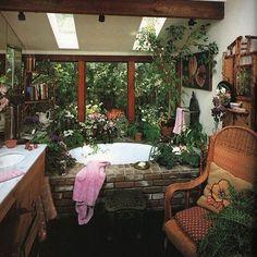 Jungle Tub #feathersboutique #feathersvintage #inspiration #tub #jacuzzi #soak #jungle #plants #home #interiors