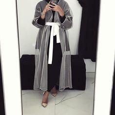 @Koodiz the modern abaya /Amaliah.co.uk