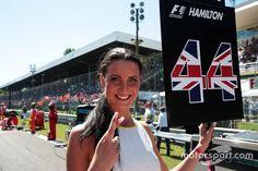 Grid girl de Lewis Hamilton, Mercedes AMG F1