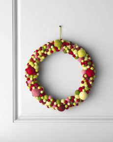 "H6CYA Arcadia Home ""Artisan"" Ball Christmas Wreath"