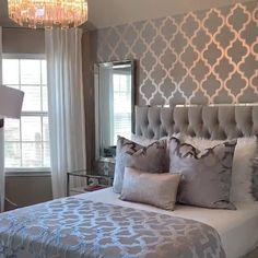 Bedroom Layouts, Room Ideas Bedroom, Home Decor Bedroom, Classy Bedroom Ideas, Bedroom Ideas For Small Rooms Women, Glam Bedroom, Stylish Bedroom, Hotel Inspired Bedroom, Wedding Bedroom
