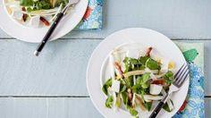 Salade met witloof, geitenkaas en spek