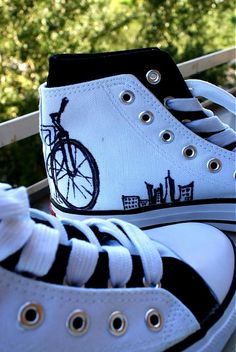 Urban boty by Pubba - SAShE. Painted Shoes, Mix Match, Crocs, Urban, Sandals, Handmade, Fashion, Hand Made, Fashion Styles