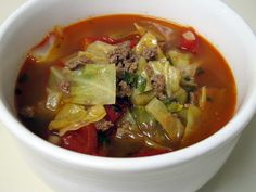 I Believe I Can Fry: Stuffed Cabbage Roll Soup minus rice Cabbage Recipes, Soup Recipes, Dinner Recipes, Cooking Recipes, Healthy Recipes, Dinner Ideas, Diabetic Recipes, Diabetic Soups, Ww Recipes
