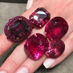 World of Red Gemstones spinel ruby rubellite yavorskyy cut ivynewyork www.gemstonesbook.com