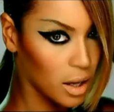 beyonce-makeup-video-phone.jpg -  Amazing makeup articles http://ezsmokeyeyes.com/