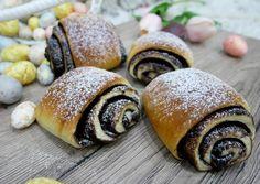 Csokis párna   Zombor-Tóth Szimonetta receptje - Cookpad receptek Hungarian Recipes, Recipes From Heaven, Dessert Recipes, Desserts, Snail, Bakery, Recipies, Muffin, Food And Drink