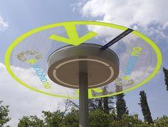 parapluie design avec panneau solaire intégré