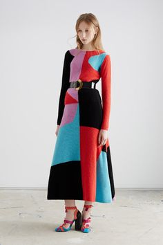Roksanda's Resort 2016 fashion collection is patterned with Cubist shapes
