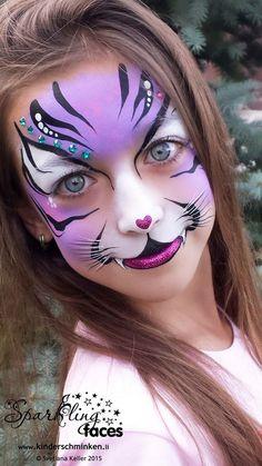 40 Easy Tiger Face Painting Ideas for Fun - Kinderschminken - Accesorios para Maquillaje Face Painting Tutorials, Face Painting Designs, Paint Designs, Painting Templates, Girl Face Painting, Painting For Kids, Body Painting, Face Painting Halloween Kids, Animal Face Paintings