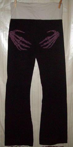 JW Maxx Black Graphic Size Medium Stretchy Pants #JWMaxx #CasualPants