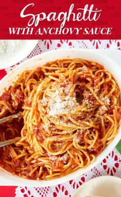 Spaghetti w anchovy sauce. No Feast of The Seven Fishes/dinner/life would be complete without PASTA. Pasta Recipes, Dinner Recipes, Cooking Recipes, Holiday Recipes, Pasta Meals, Spaghetti Recipes, Oven Recipes, Copycat Recipes, Seafood Recipes