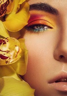 Summer Haze by Stefka Pavlova via Behance Beautiful Splashes Beautiful Makeup Stefka Pavlova Tutu Side Beautiful Hair Makeup Makeup Art, Beauty Makeup, Eye Makeup, Hair Makeup, Photoshoot Inspiration, Makeup Inspiration, Makeup Photography, Portrait Photography, Fotografia Vsco