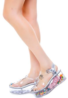 So fun -- you can open the bottom and fill the heel with whatever you like! Y.R.U. Glitter Cherii | Dolls Kill