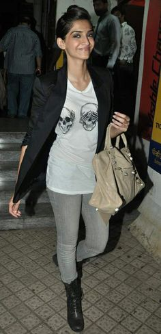 Sonam Kapoor, Casual blazer, semi-formal