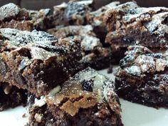 Heerlijke+chocolade+brownies+met+Oreo+cookies,+naar+recept+van+Lorraine+Pascale.
