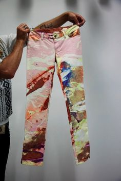 marbleized jeans // the selby