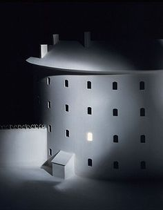 While researching the topic of the visual culture of incarceration I was reminded of the work of contemporary artist James Casebere. His photographs bridge a link between Piranesi, the Panopticon a… Prison Art, American Artists, Contemporary Artists, Art Gallery, Wall Lights, Design, Shapes, Automata, Destruction