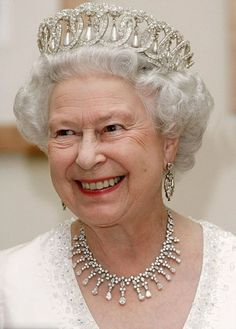 Queen Elizabeth II wears the Grand Duchess Vladimir tiara English Royal Family, British Royal Families, Royal Crowns, Royal Tiaras, Royal Queen, King Queen, Queen Mary, Queen Elizabeth Tiaras, Pictures Of Queen Elizabeth