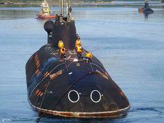 American Aircraft Carriers, Russian Submarine, Nuclear Submarine, Nuclear Power, Submarines, Water Crafts, Battleship, Destruction, Weapons