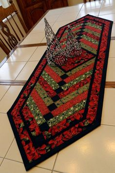 Handcrafted Large Pointsettia & Holly French by Quiltsbysuewaldrep