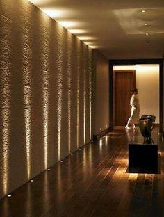 A iluminação é essencial para ressaltar alguns detalhes, como nesse caso, as texturas aplicadas no ambiente