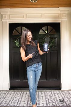Front Door Makeover - Taryn Whiteaker Black Front Doors, Painted Front Doors, Zinsser Primer, Front Door Makeover, House Trim, Trim Work, Modern Masters, Marketing Professional, Cool Diy Projects