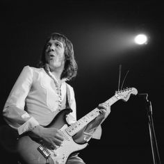 Robin Trower-That's Alright Mama 2013 Music Pics, 70s Music, Rock Music, Scottish Bands, Robin Trower, Classic Rock Bands, Michael Collins, Progressive Rock, Rock Legends