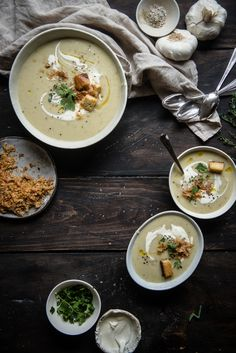 Potato, Garlic, & Leek Soup | FARMERS' MARKET LIST: garlic, leeks, potatoes, thyme, bacon