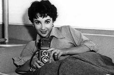 Liz Taylor with a Rolleiflex.